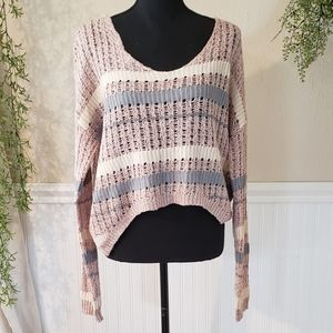 Loose fit cropped sweater